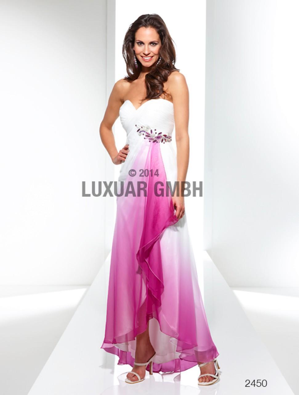 Nezmeškajte túto príležitosť zakúpiť si šaty za super cenu. 3bec40182f4