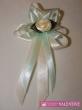 svadobné pierko krémovo zelené