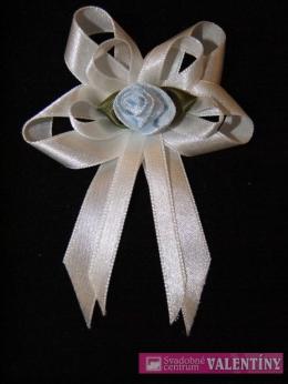 svadobné pierko biele kvet modrý