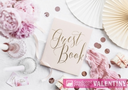 """kniha hostí pudrovo ružová,,Guest Book"""" zlatý nápis"""