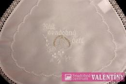 svadobný podbradník výšivka bielo strieborná